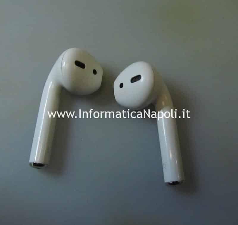 Problema audio e volume basso Apple AirPods intasate da sporco