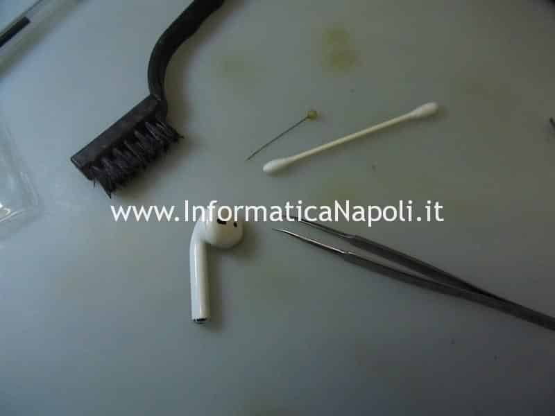 Come pulire a fondo Apple AirPods e AirPods Pro A1602 A2190