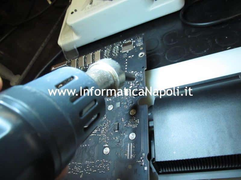 assistenza iMac a1418 21.5 scheda logica 820-00430-A 820-00034