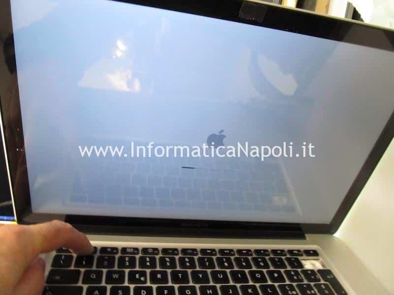 luminosità display regolabile macbook pro 15 17 riparato con disattivazione hardware chip grafico gpu amd