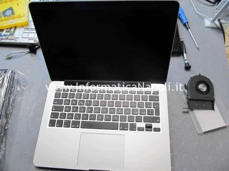 problema schermo nero macbook pro 13 2012 2013 2014 2015