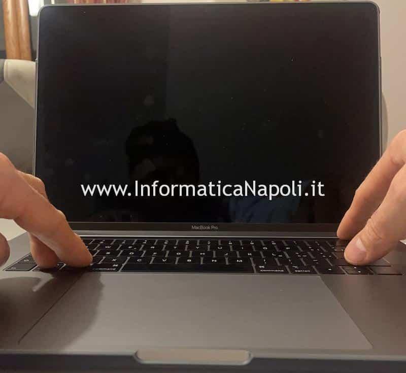 Macbook pro 13 15 16 schermata nera dopo aggiornamento big sur