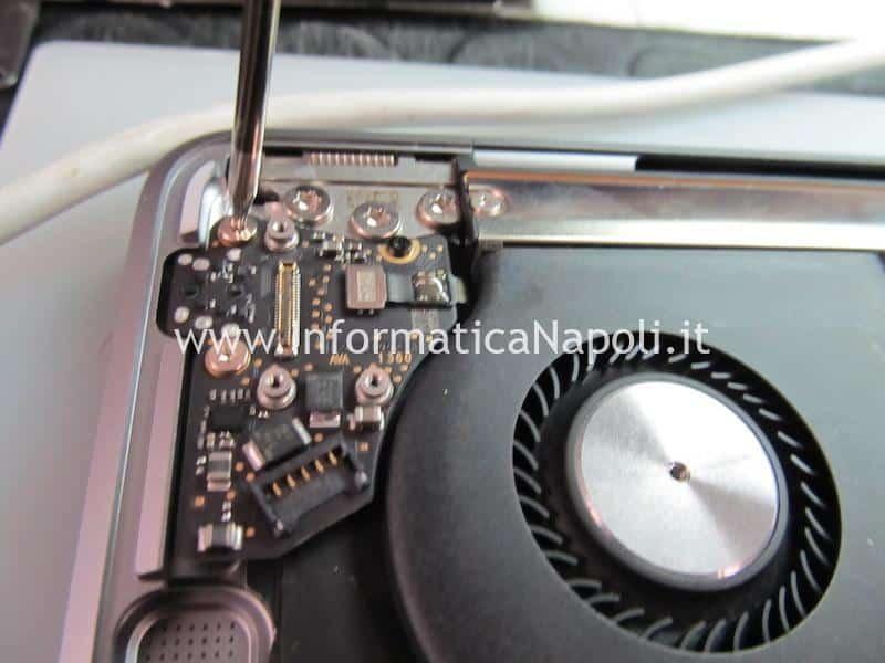 problema danni liquido Apple MacBook Air retina 13 2020 A2179 MacBook Air