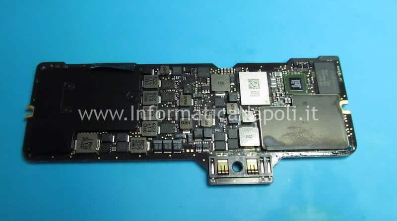 riparazione scheda logica 820-00244 macbook 12 danni da liquido acqua