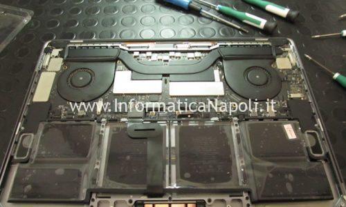 Sostituzione batteria MacBook Pro retina 15 Touch Bar 2016 | 2017 A1707