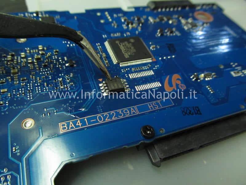 Samsung NP275E schermo nero chip bios