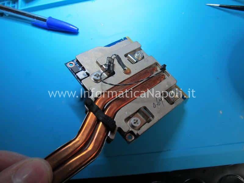 installazione e sostituzione scheda video nuova iMac A1311 21.5 2009 2010 201