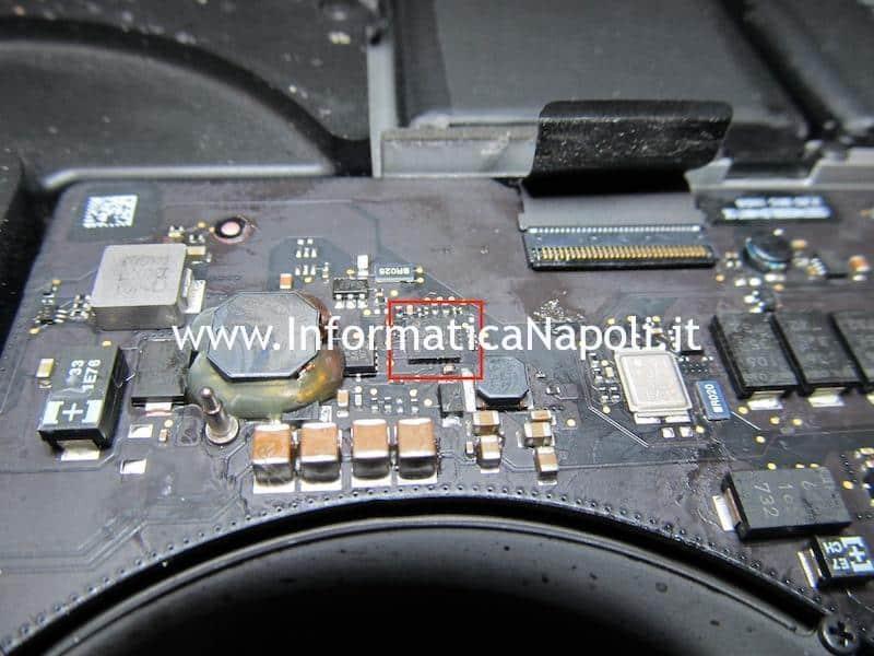 problemi ic backlight schermo nero backlight illuminazione macbook pro 15 a1398