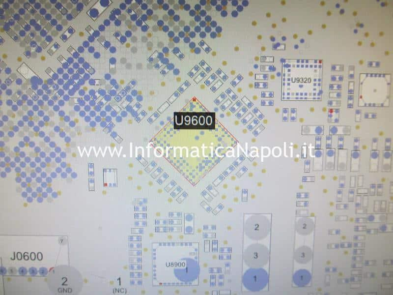 problema righe colorate schermo macbook pro 15 GMUX U9600 LFXP2